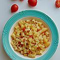 Pâtes aux <b>pommes</b> de terre et tomates