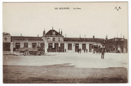 18 - BOURGES - Gare