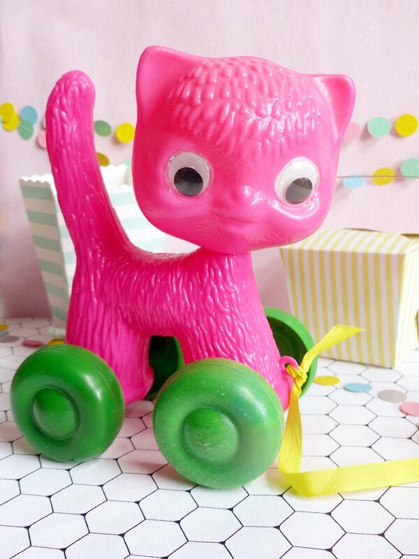 12-serial-chineuse-blogueuse-petit-poney-jouet-vintage-monsieur-madame