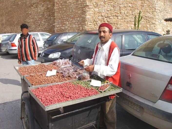 Faouzi, le vendeur d'amandes grillées
