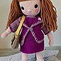 Angie, poupée au crochet