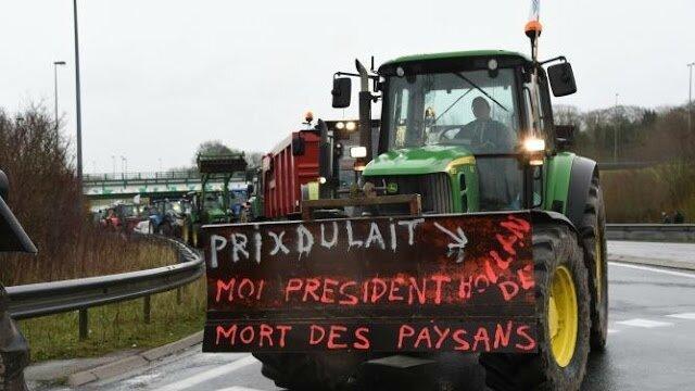 Une agricultrice de 47 ans a été retrouvée morte dans son exploitation laitière à Plumieux (Côtes-d'Armor) jeudi matin.
