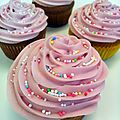 Cupcakes topping fraises