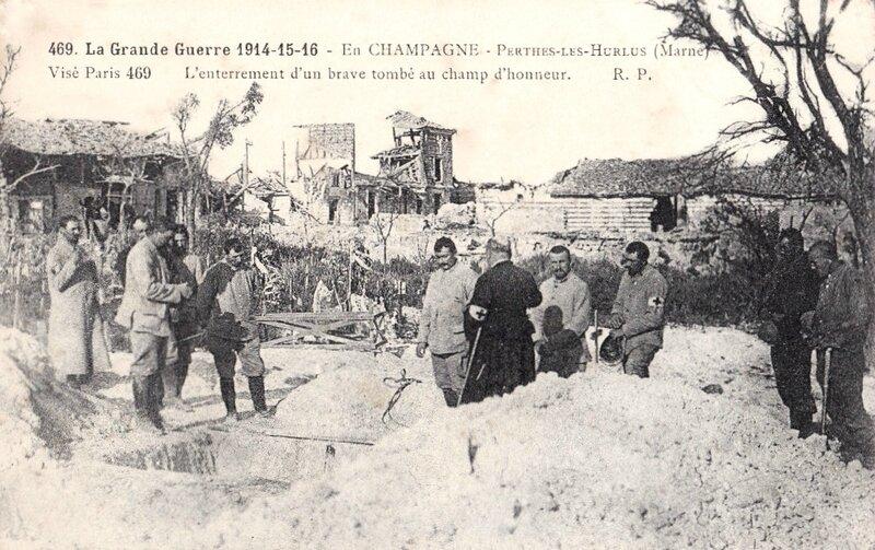 Perthes-les-Hurlus, enterrement d'un brave