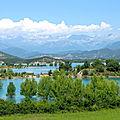 Lac de Médiano... bon normalement, il y a un clocher d'église dans l'eau, mais là, on voit pas (Espagne)