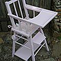 Ancienne chaise haute en bois vintage pour poupée VENDUE modèles en stock sur https://www.etsy.com/fr/shop/LeTorchonenCavale