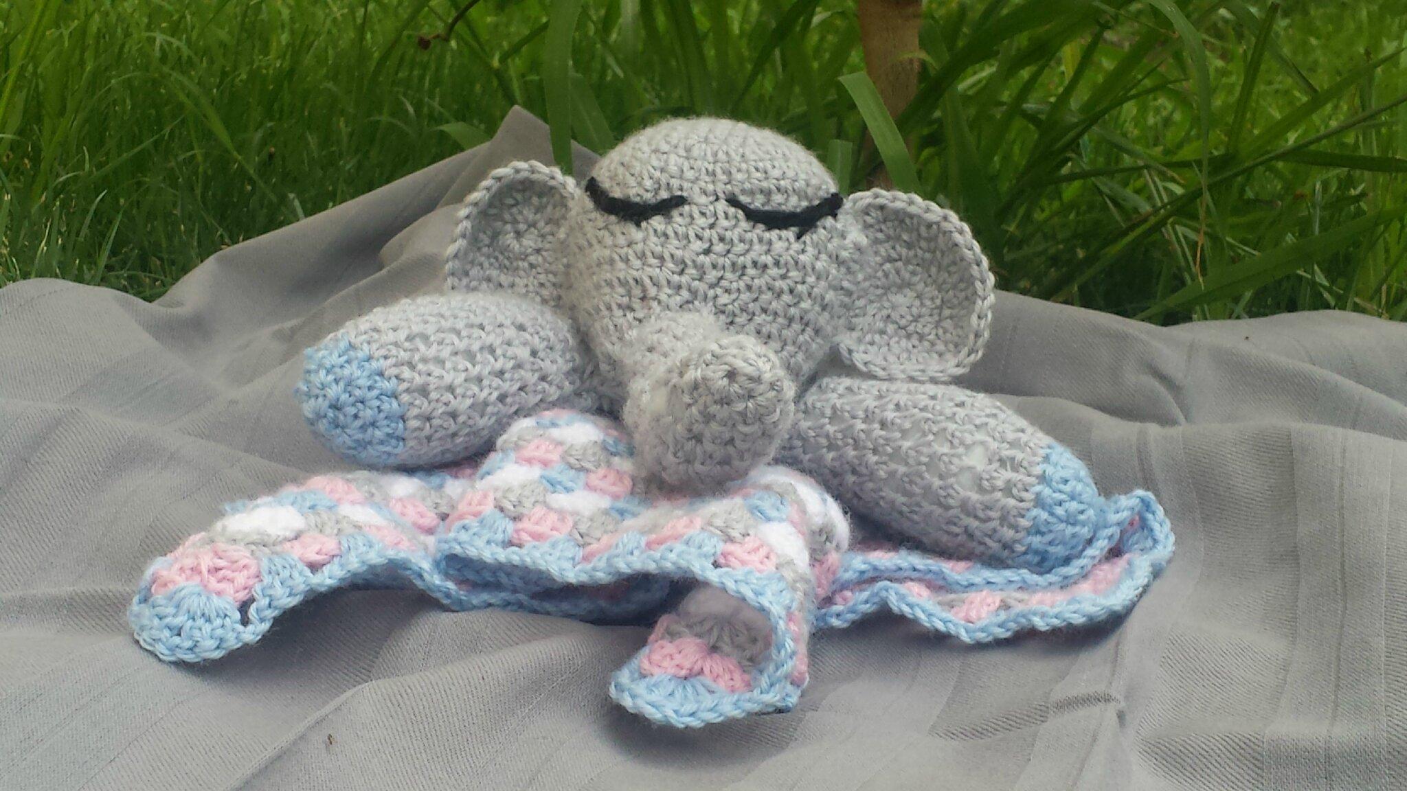 Doudou éléphant par Aude