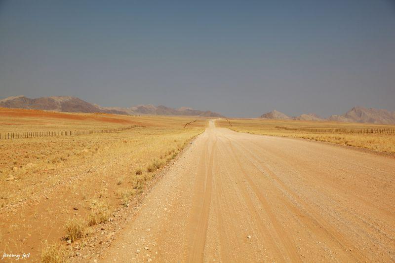piste desert du naukluft