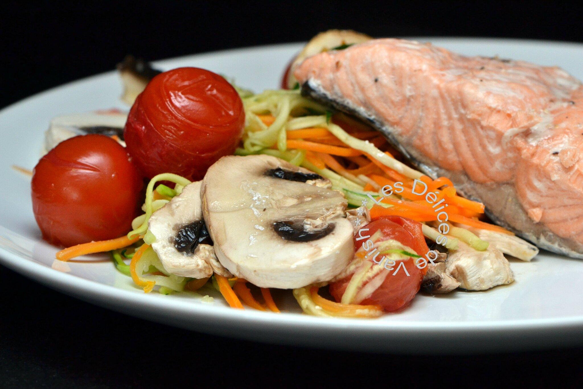 Papillote de saumon et petits légumes croquants