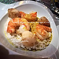 Saint-jacques, scampi, orange et curry
