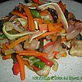 0114 Wok d'oreilles de cochon aux légumes croquants 1