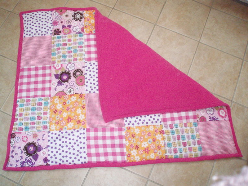 Couvertture patwork polaire rose