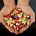 #SANTé Un <b>antibiotique</b> couramment prescrit augmenterait le risque de décès cardiaque