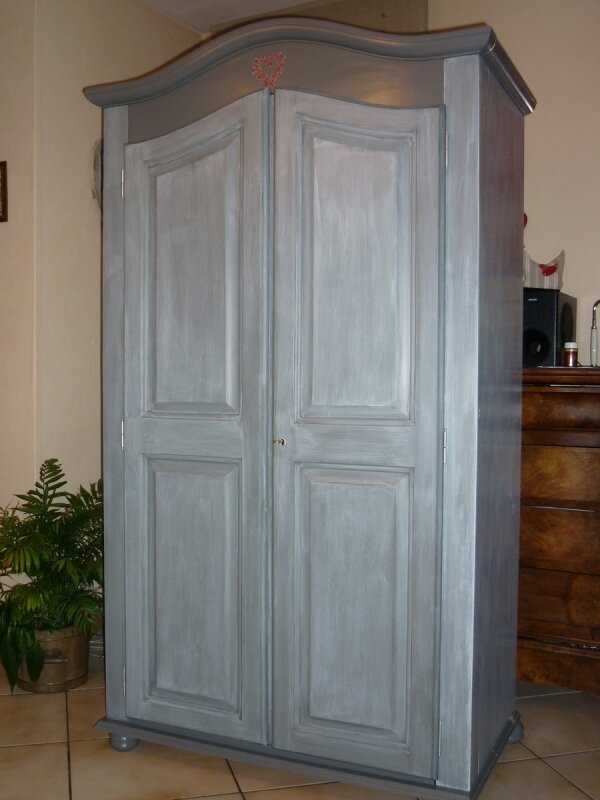 armoire relookee