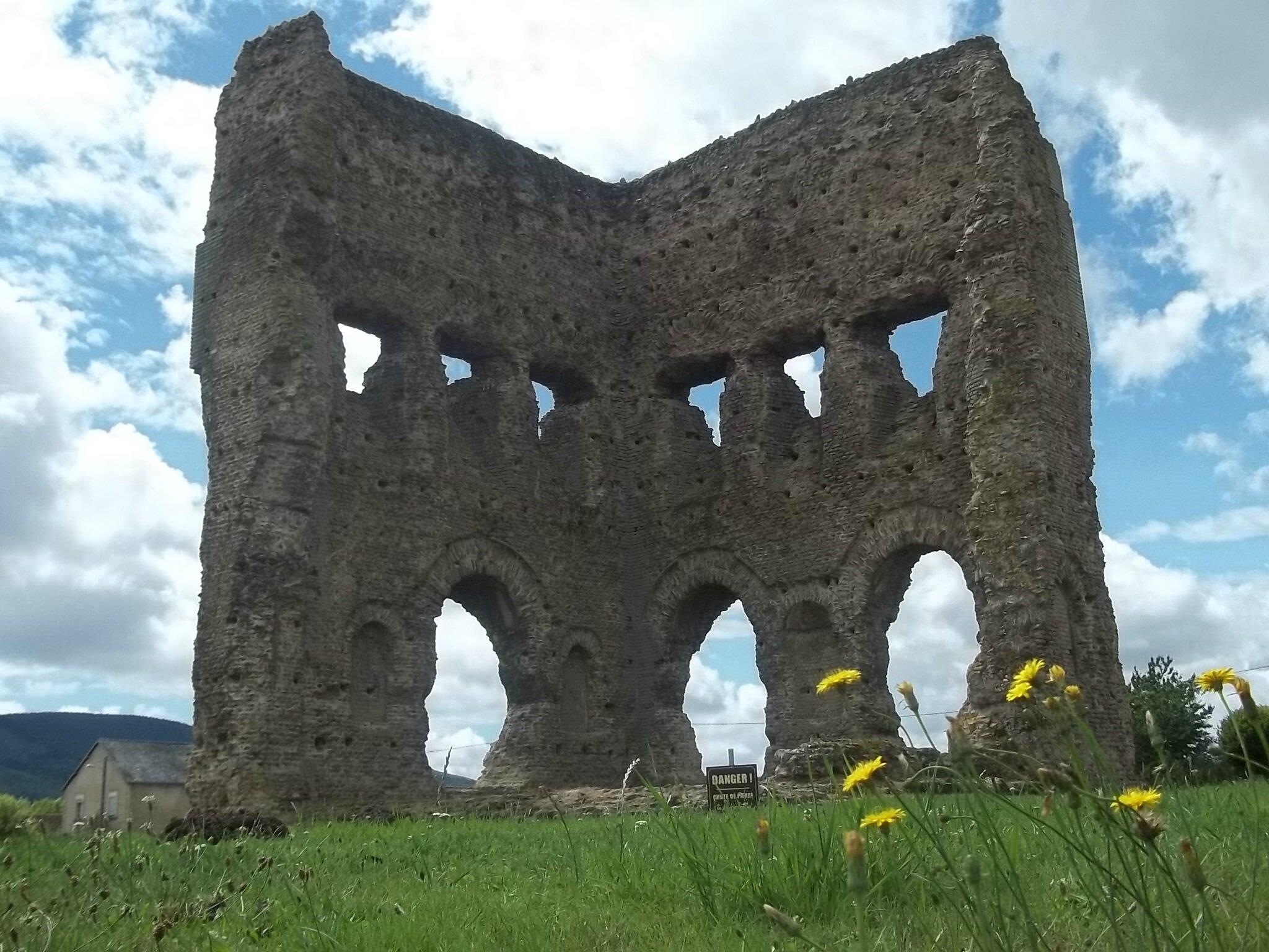 le temple de Janus à Autun
