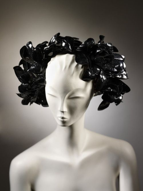 Hat Cristobal Balenciaga, 1955-1960 The Victoria & Albert Museum