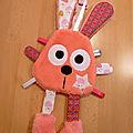 lapin_attache_t_tine_corail_rose_blanc__1_