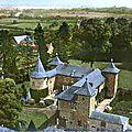 AVESNOIS-Château de Coutant