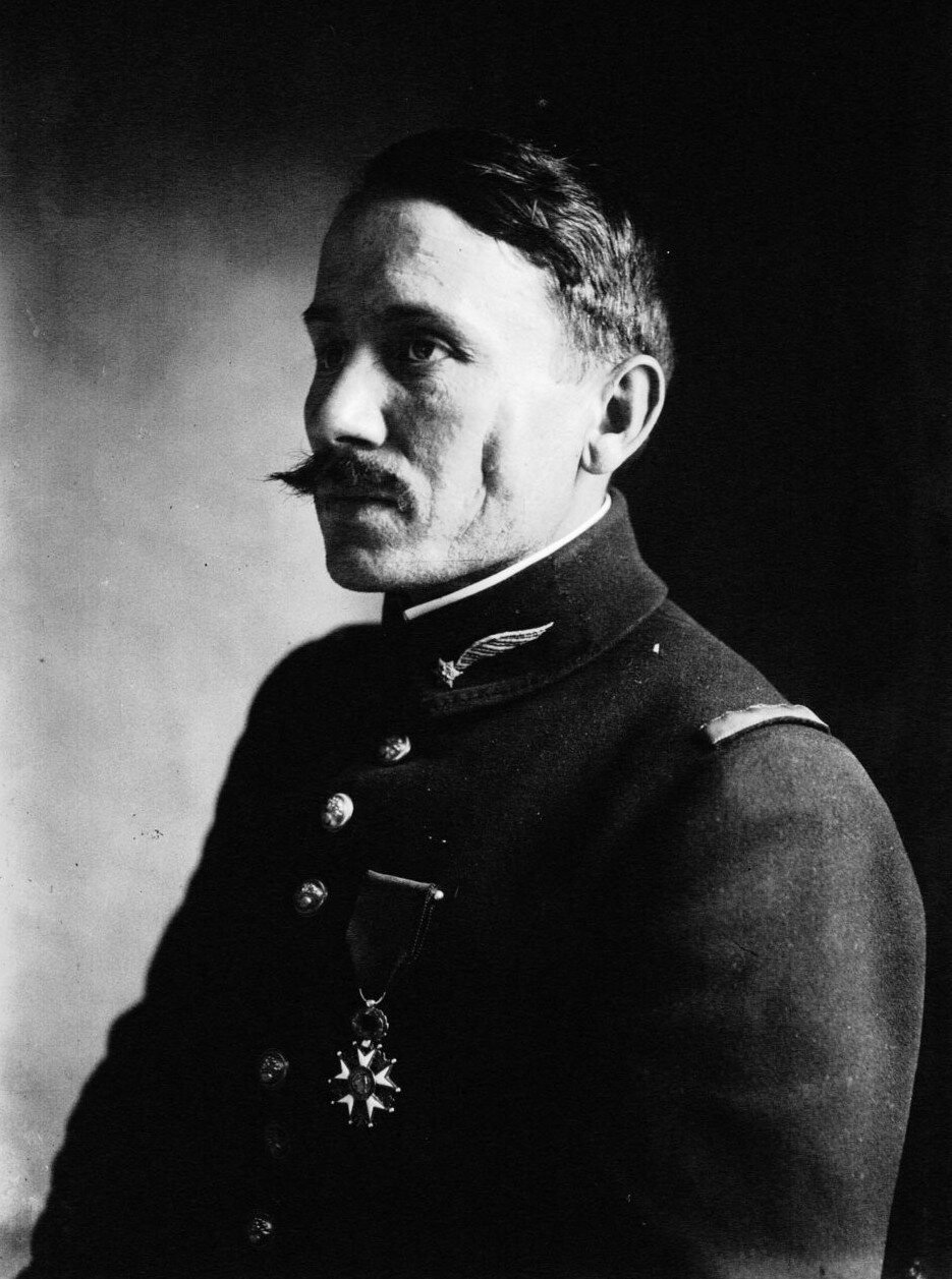 Le lieutenant aviateur Edmond Gaubert