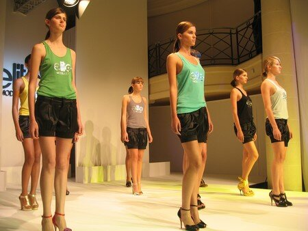 ELITE_MODEL_Look_Ritz_Paris__10_oct_2007__30_