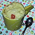 Mug cake estival chèvre tomate cerise
