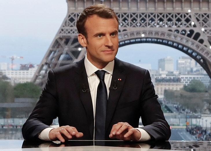 Emmanuel-Macron-dimanche-15-avrilde-lentretien-conjoint-RMC-BFMTV-Mediapart_0_729_521