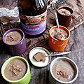 Crème au <b>cacao</b> <b>cru</b>, purée de cacahuète et notion de superfood
