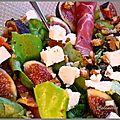 Salade délicieuse aux figues fraiches