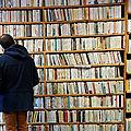 Autant de <b>livres</b> vendus en ligne qu'en boutique aux Etats-Unis en 2017