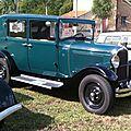 Expo vieilles voitures Crouy-sur-Ourcq (14 juillet 2011)