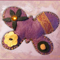 Broche papillon mauve, orange, noir (N)