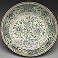 Vietnamese dish with peacock décor in underglaze blue and overglazed colors, 15th century. md: 35.4cm. palace museum of taipei,