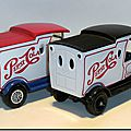 Y-12 Ford Model T Pepsi-Cola (duo) A 2