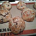 Petits pains viennois aux pépites de chocolat et grains de sucre au cook'in