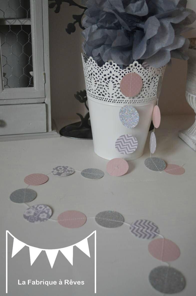 Guirlande pastille cousue rond papier carton rose poudr gris chevron d coration chambre enfant - Deco chambre rose poudre ...