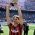 Ballon d'or : marco van basten (triple ballon d'or)