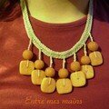 collier ocre