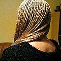 Tressses africaines : rajouts long blond
