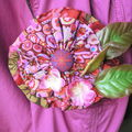 broche veste rose