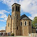 L'église de Châtenay en Isère et son <b>carillon</b> à 19 cloches…!