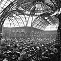 Image du jour : le <b>Grand</b> <b>Palais</b> lors du Salon de l'automobile (1912)