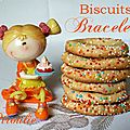 Biscuits b