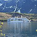 La vie à bord du MS Hamburg pour la croisière destination <b>soleil</b> de <b>minuit</b>