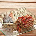 Filet de daurade roulé au jambon, risotto de <b>lentilles</b> <b>vertes</b> du Puy à la tomate