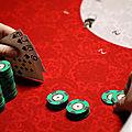 Poker, massages et repas : un tripot clandestin de luxe démantelé avenue Foch