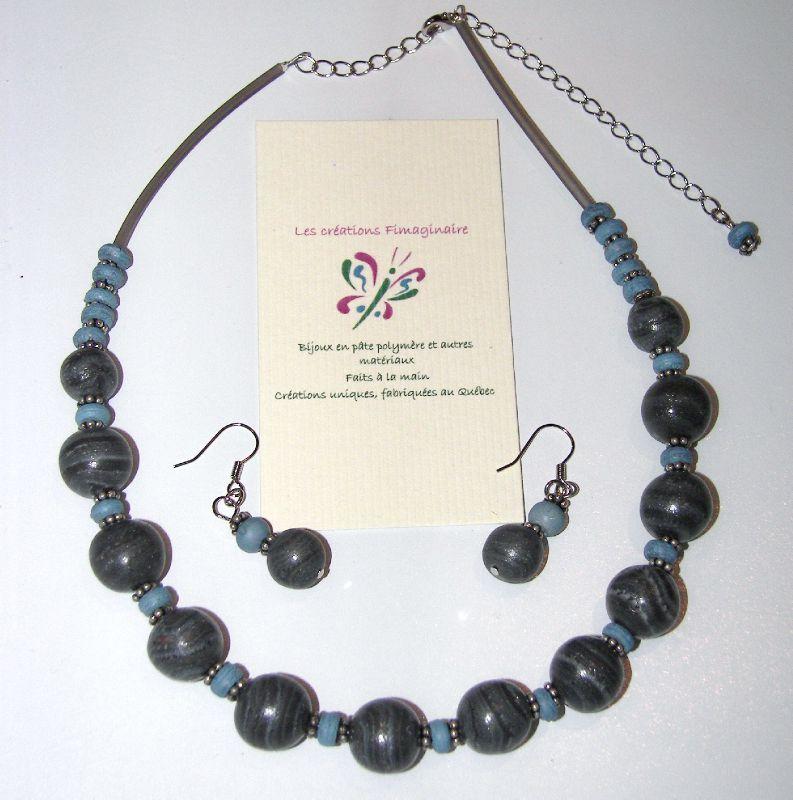 Collier gris et bleu + b.o. 25$