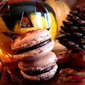 Macaron d'halloween - chocolat noir /orange