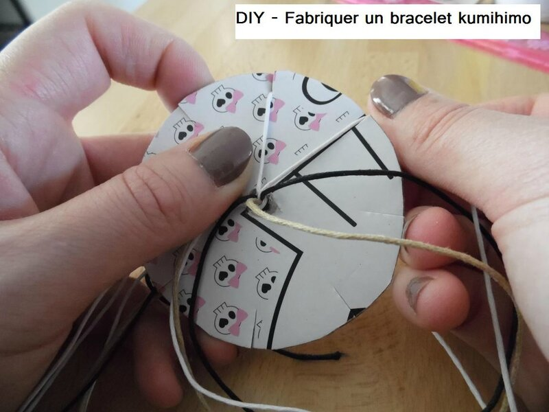 diy fabriquer un bracelet kumihimo partir de 6 ans the perfect mum. Black Bedroom Furniture Sets. Home Design Ideas