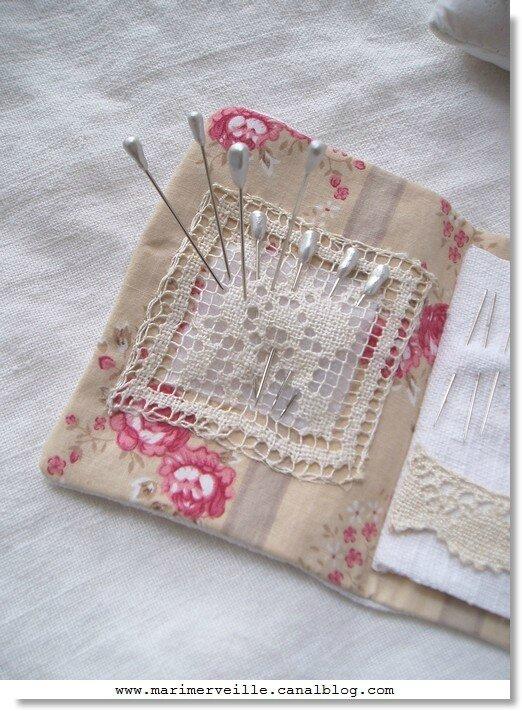 carnet couture Marimerveille pour livre Trésors chinés- épingles marimerveille