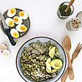 Salade verte (fèves, asperges et avocat) au millet et vinaigrette aux herbes